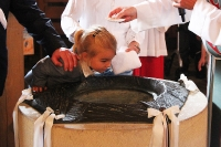 Taufe im Familiengottesdienst in St. Joseph